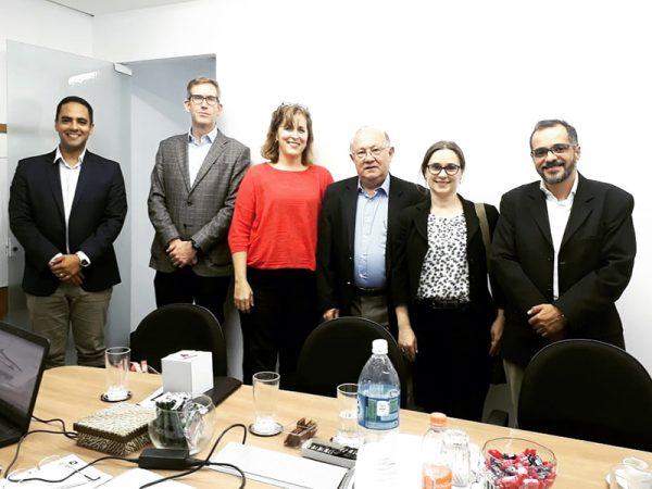 ABRAEC recbe membros do Consulado Americano